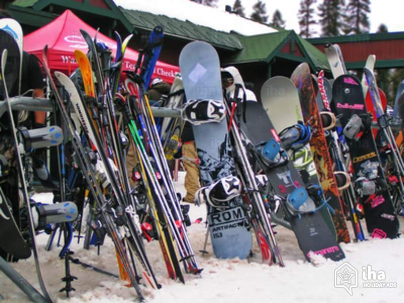 What you need to know about ski hire
